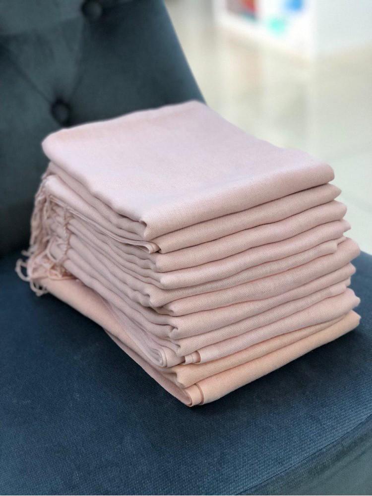 Палантин из пашмины серо-розовый