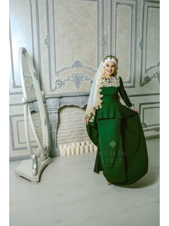 Платье «Эльза» зеленое с баской