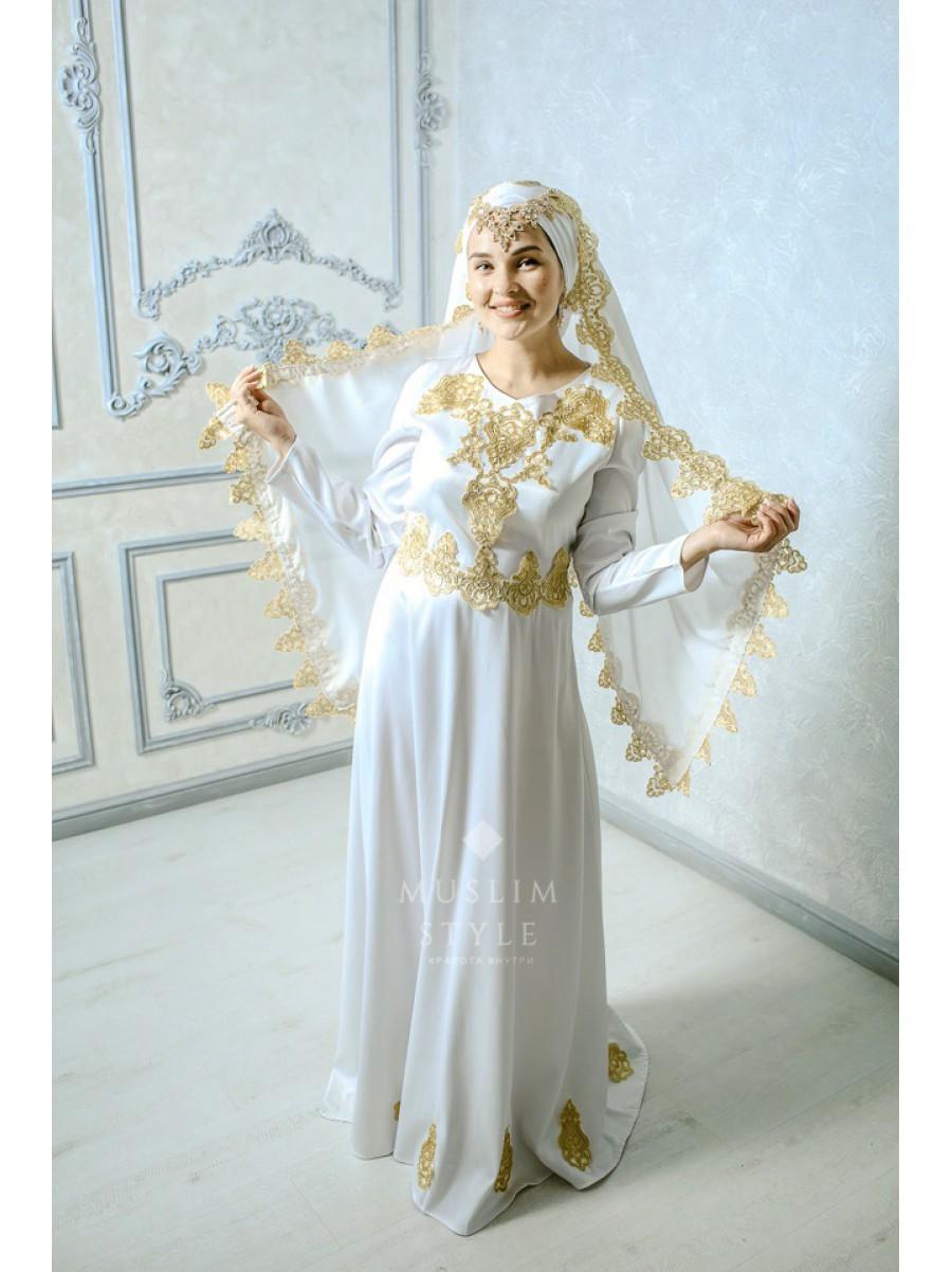 Платье «Сумая» в белом