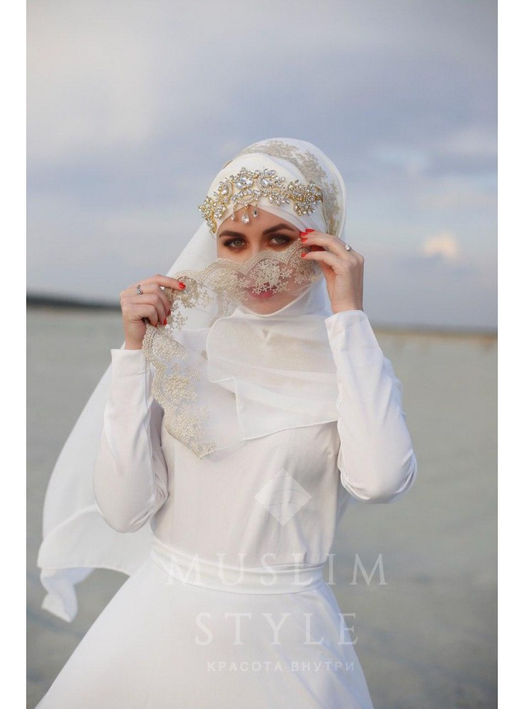 Платье «Великолепный век» в белом