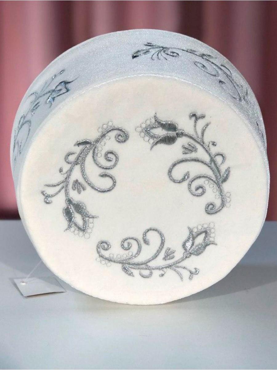Мужская тюбетейка белая Тургай с серебряным узором
