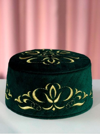 Мужская тюбетейка зеленая МируСалям с золотым узором